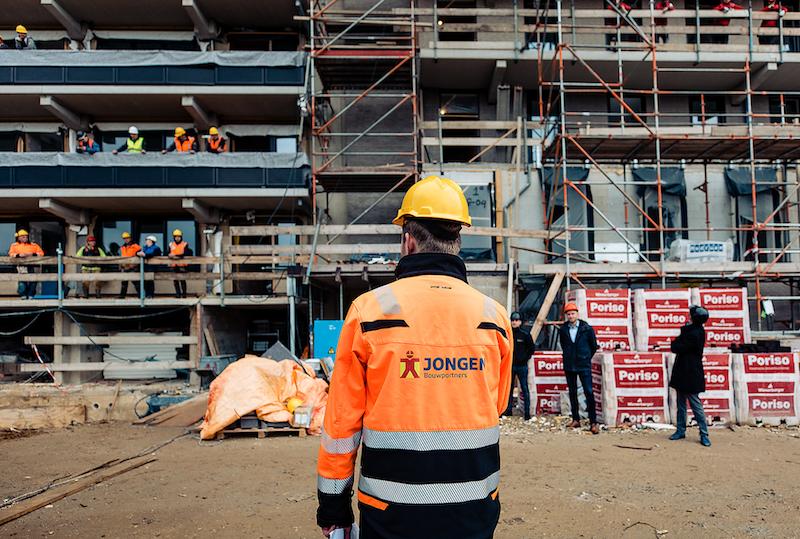 Hoogbouwflat 'Voorterstraat' bereikt haar hoogste punt binnen project SUPERLOCAL